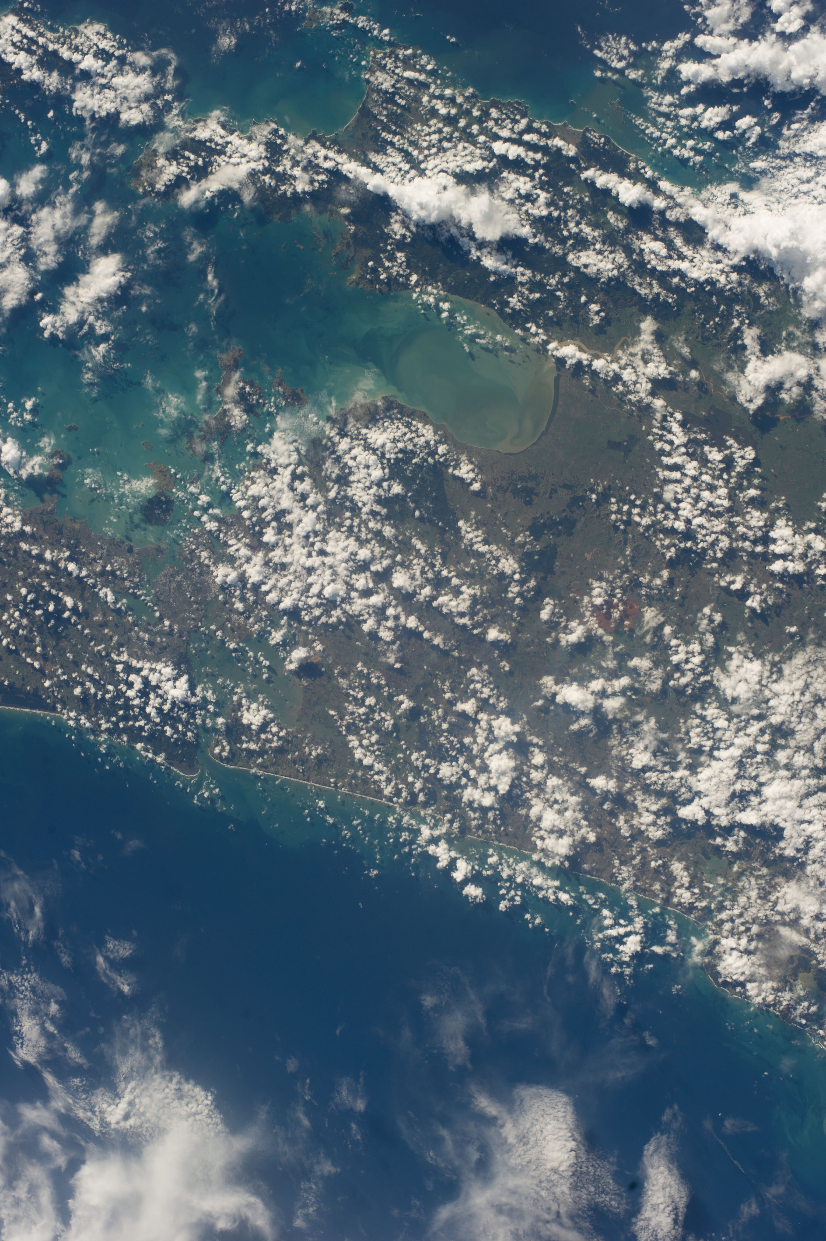 ISS039-E-012862